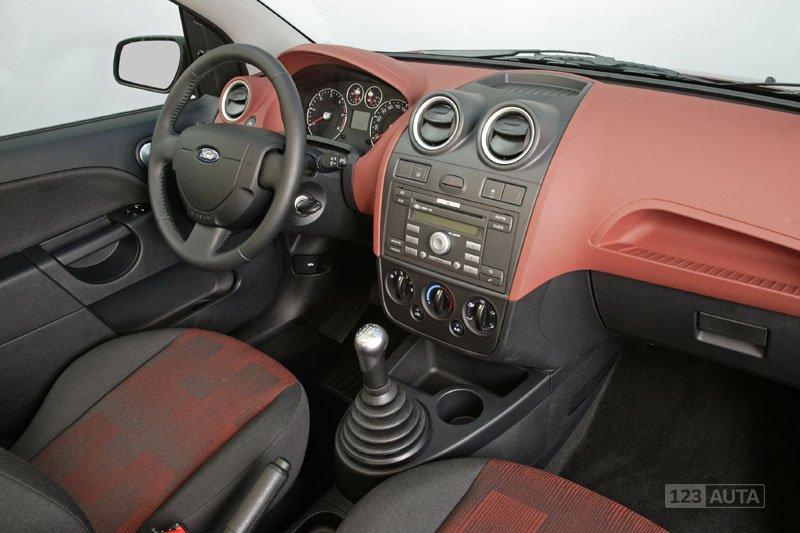 Technicka Data Ford Fiesta 1 3 Autonoto Cz