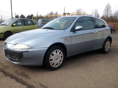 Alfa Romeo 147, 2001
