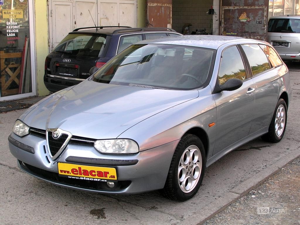 Alfa Romeo 156, 2001 - celkový pohled