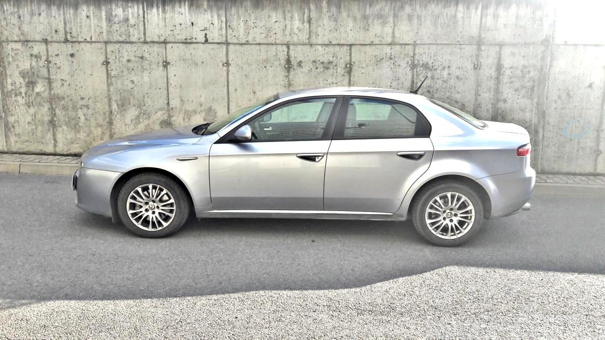 Alfa Romeo 159, 2010 - pohled č. 3