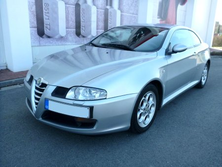 Alfa Romeo GT, 2004