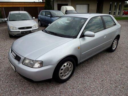 Audi A3 1,6i absolutně bez koroze,, 1998