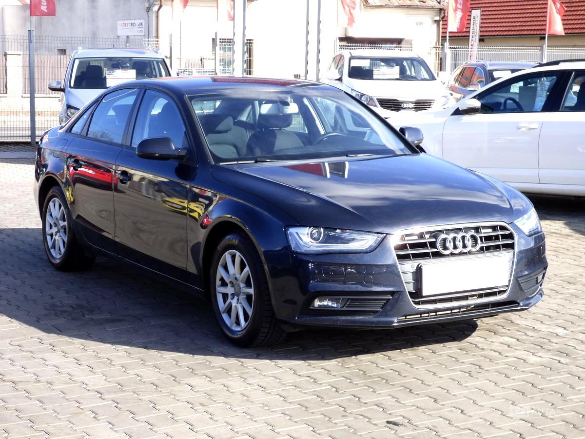 Audi A4, 2012 - celkový pohled