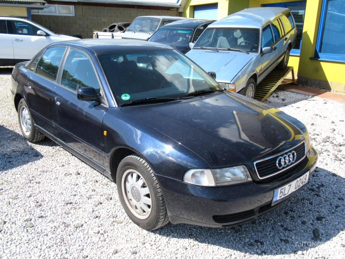 Audi A4, 1998 - celkový pohled