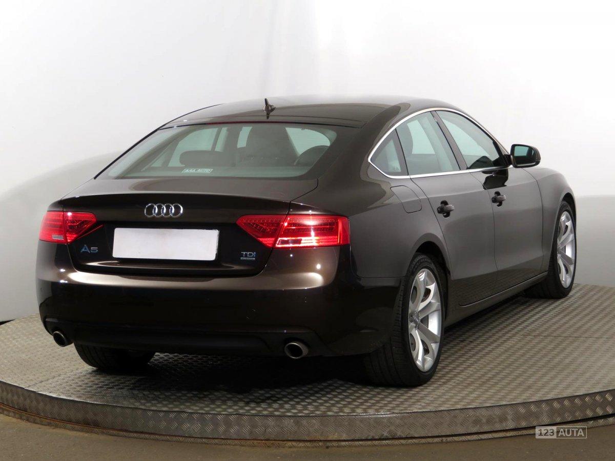Fotogalerie Audi A5 2011 Autonoto Cz