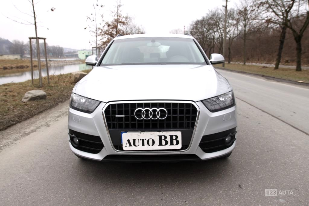 Audi Q3, 2011 - celkový pohled
