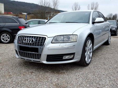 Audi S8, 2008