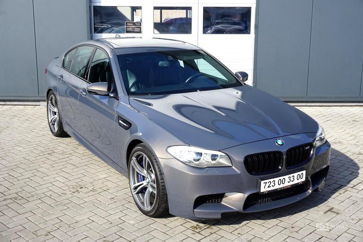 BMW M5, 2013 - celkový pohled
