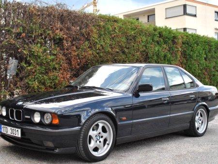 BMW M5, 1993