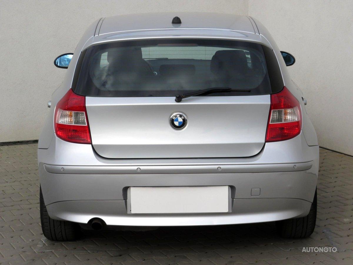 BMW Řada 1, 2006 - pohled č. 6