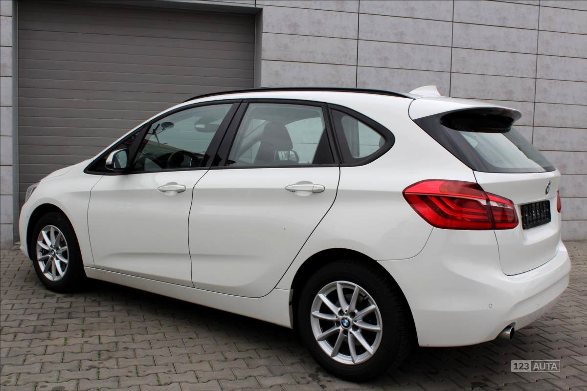 BMW Řada 2, 2014 - pohled č. 6