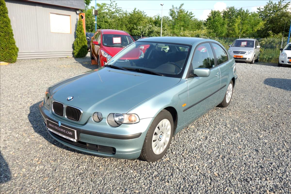BMW Řada 3, 2002 - pohled č. 3