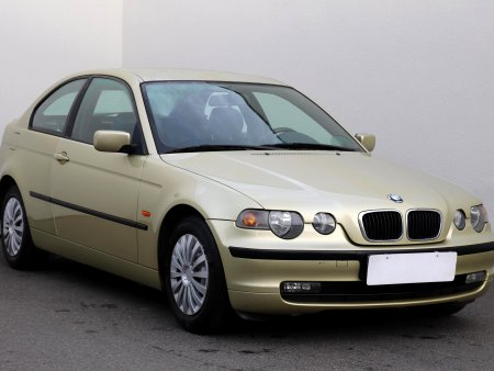 BMW Řada 3, 2001