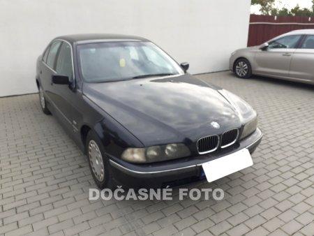 BMW Řada 5, 1999