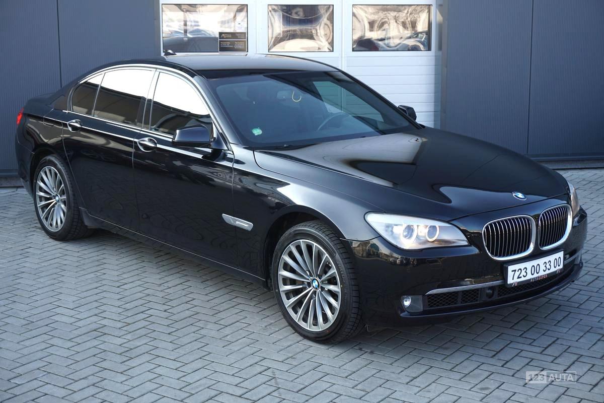 BMW Řada 7, 2009 - pohled č. 1