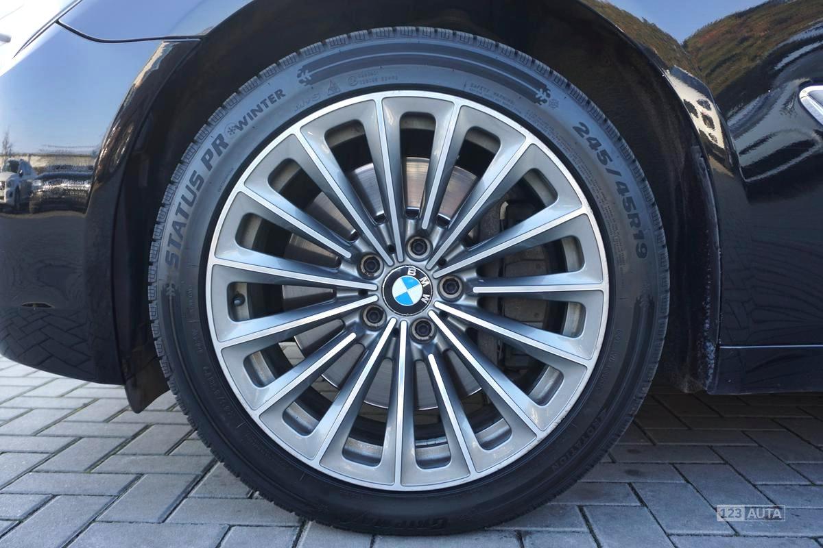 BMW Řada 7, 2009 - pohled č. 10