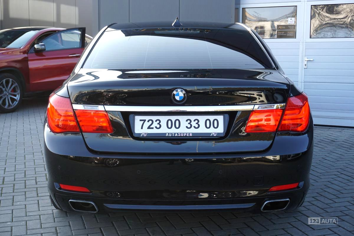 BMW Řada 7, 2009 - pohled č. 6