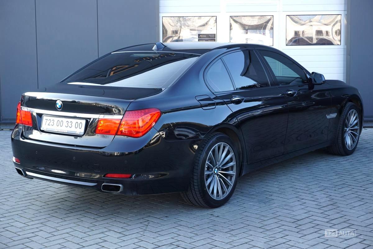 BMW Řada 7, 2009 - pohled č. 7