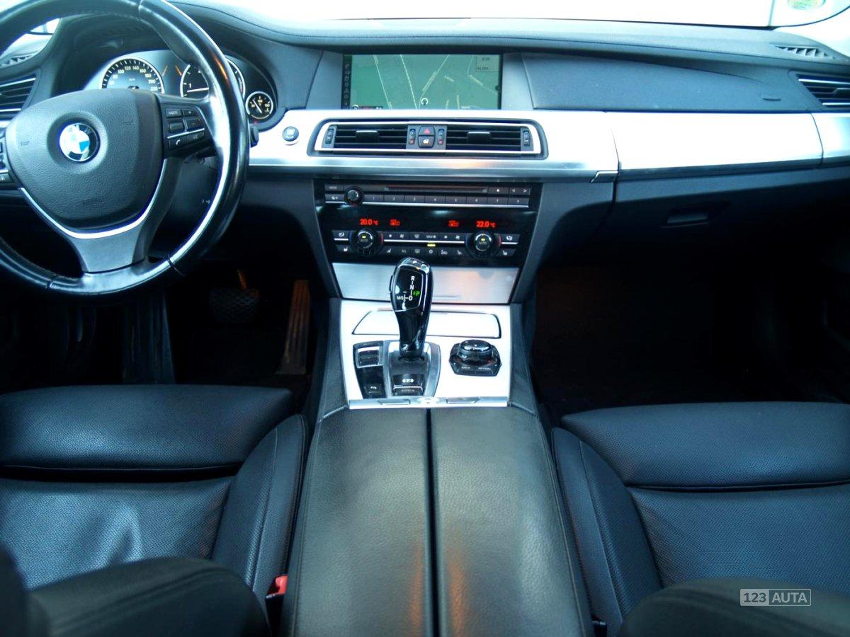 BMW Řada 7, 2010 - pohled č. 15