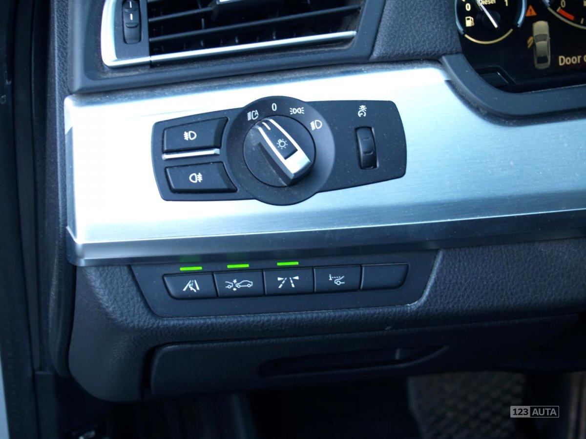 BMW Řada 7, 2010 - pohled č. 18