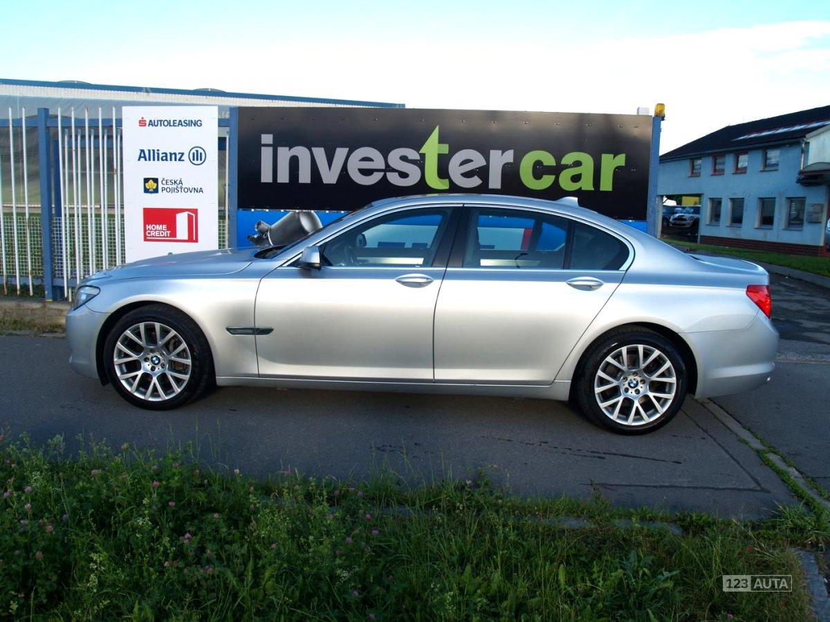 BMW Řada 7, 2010 - pohled č. 2