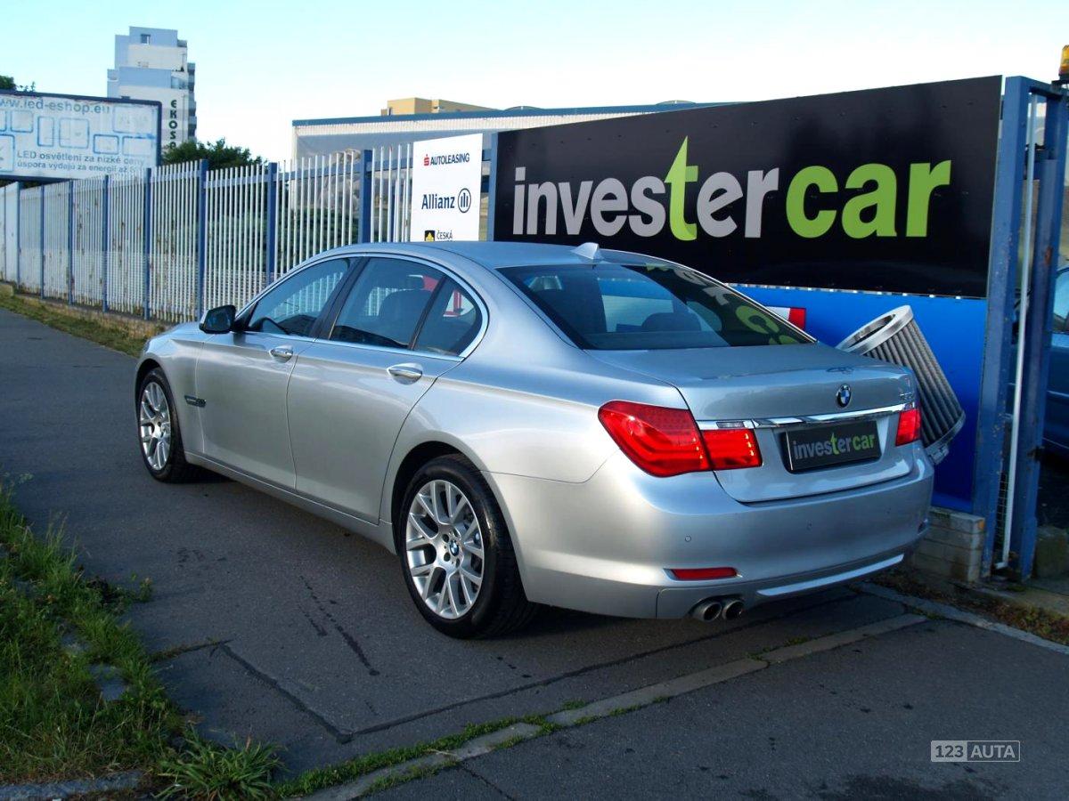BMW Řada 7, 2010 - pohled č. 3