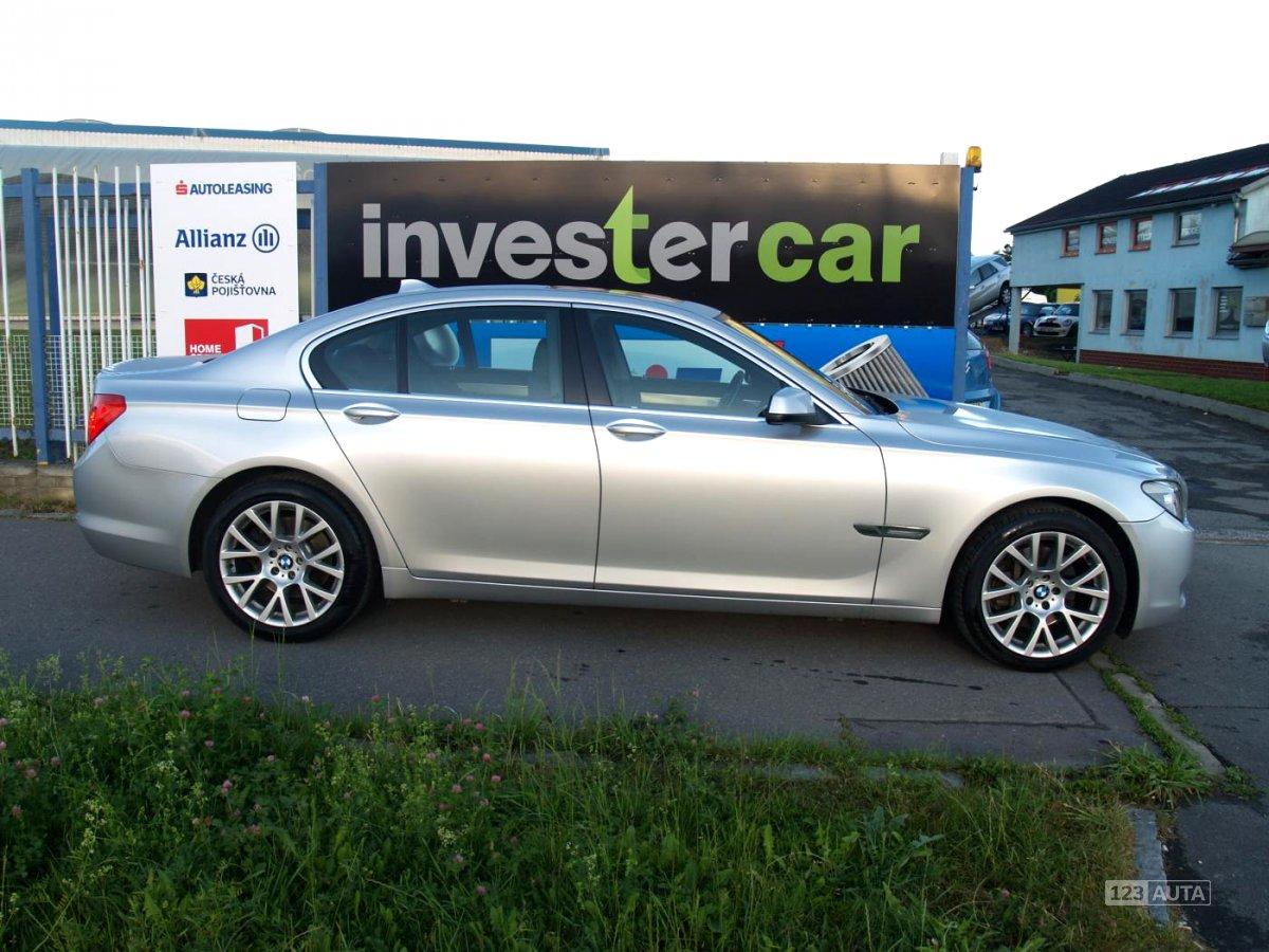BMW Řada 7, 2010 - pohled č. 6