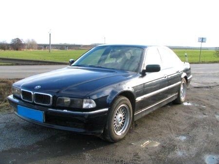 BMW Řada 7, 1997