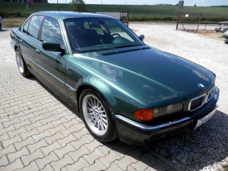BMW Řada 7, 1998