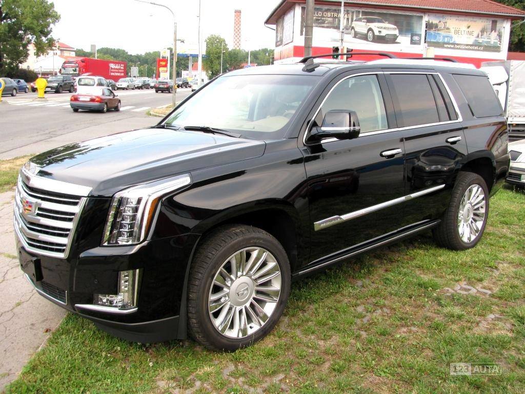 Cadillac Escalade, 2018 - celkový pohled