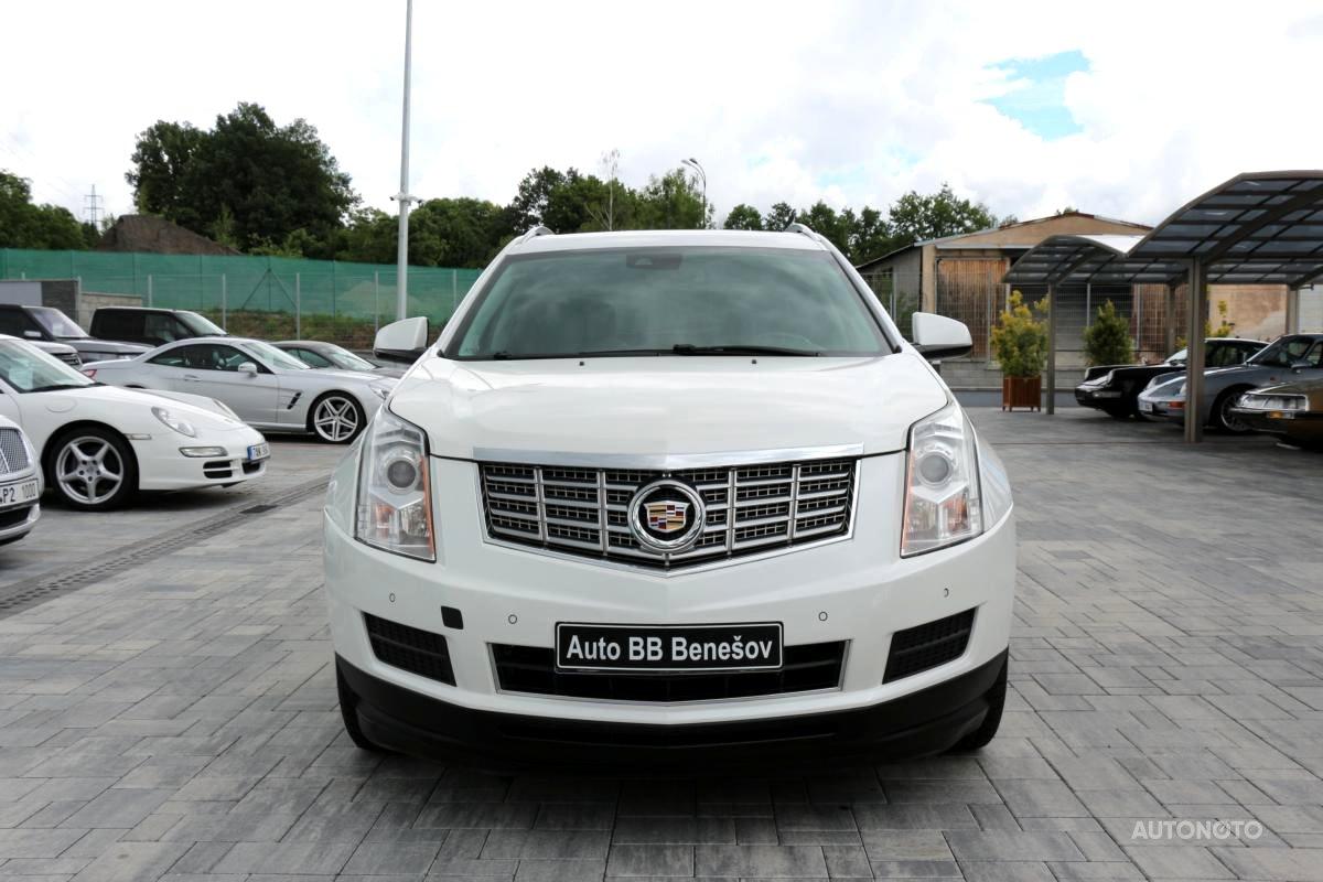 Cadillac SRX, 2017 - celkový pohled