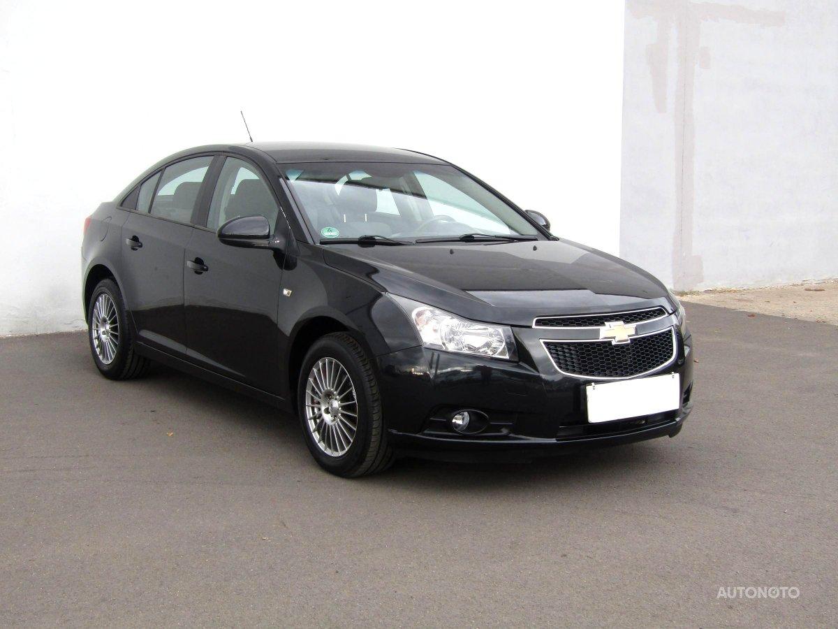 Chevrolet Cruze, 2011 - celkový pohled