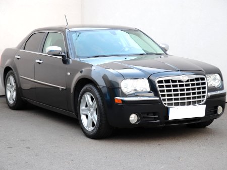 Chrysler 300C, 2010