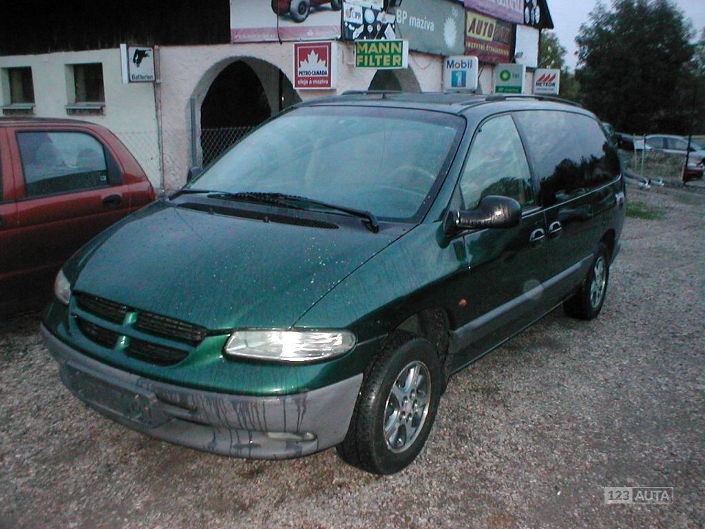 Chrysler Grand Voyager, 1996 - celkový pohled