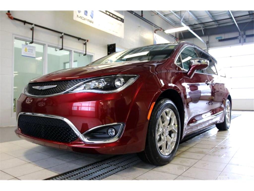 Chrysler Pacifica, 2018 - celkový pohled