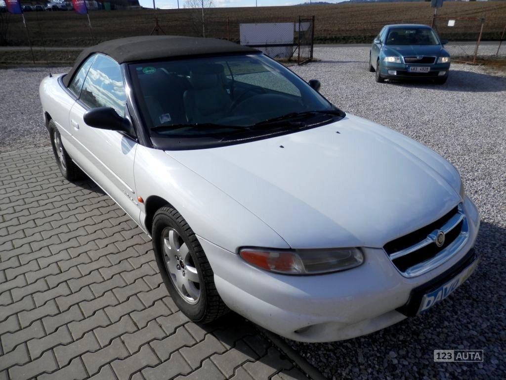 Chrysler Stratus, 1997 - celkový pohled