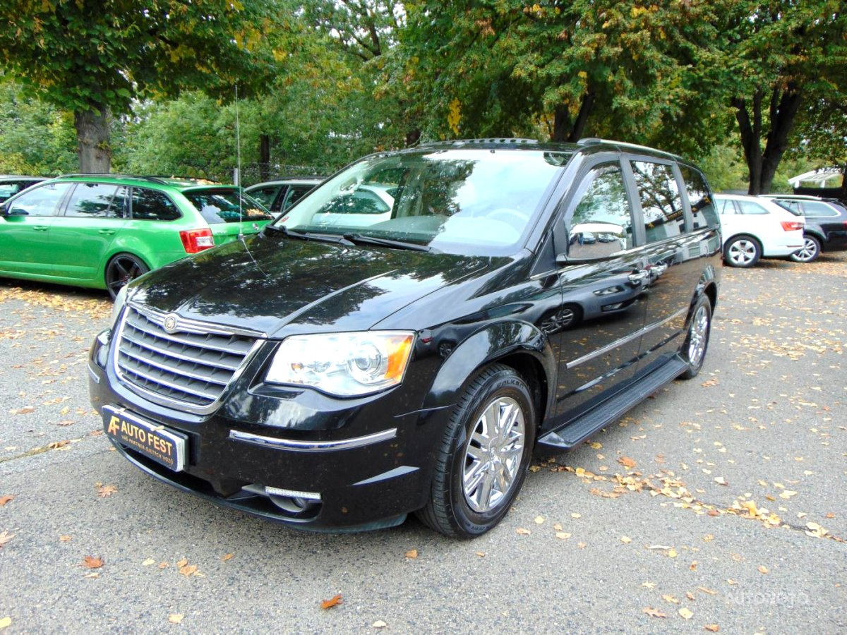 Chrysler Town & Country, 2008 - celkový pohled