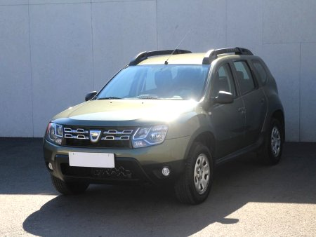 Dacia Duster, 2014 - pohled č. 3