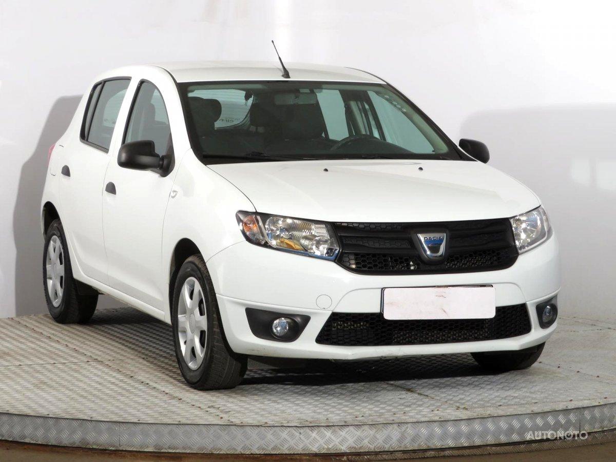 Dacia Sandero, 2015 - celkový pohled