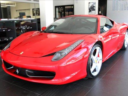 Ferrari 458, 2010