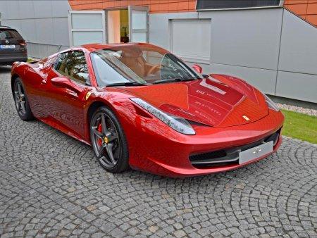Ferrari 458, 2016