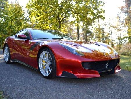 Ferrari Ferrari - Neznámý, 2016