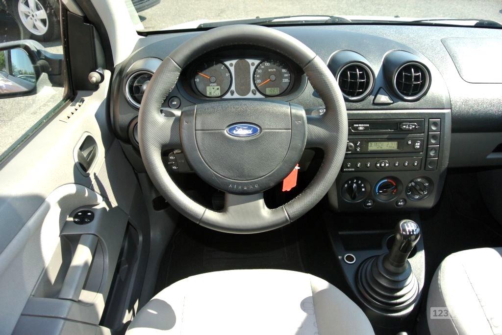Ford Fiesta, 2003 - pohled č. 12