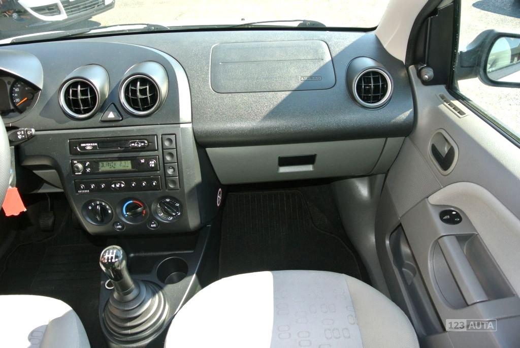 Ford Fiesta, 2003 - pohled č. 13