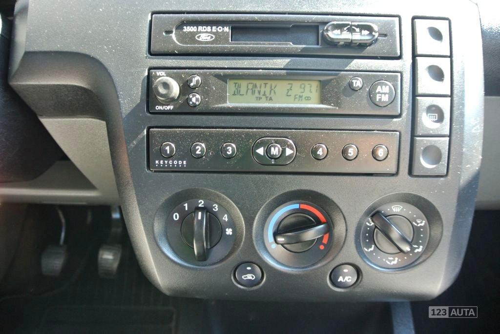 Ford Fiesta, 2003 - pohled č. 15