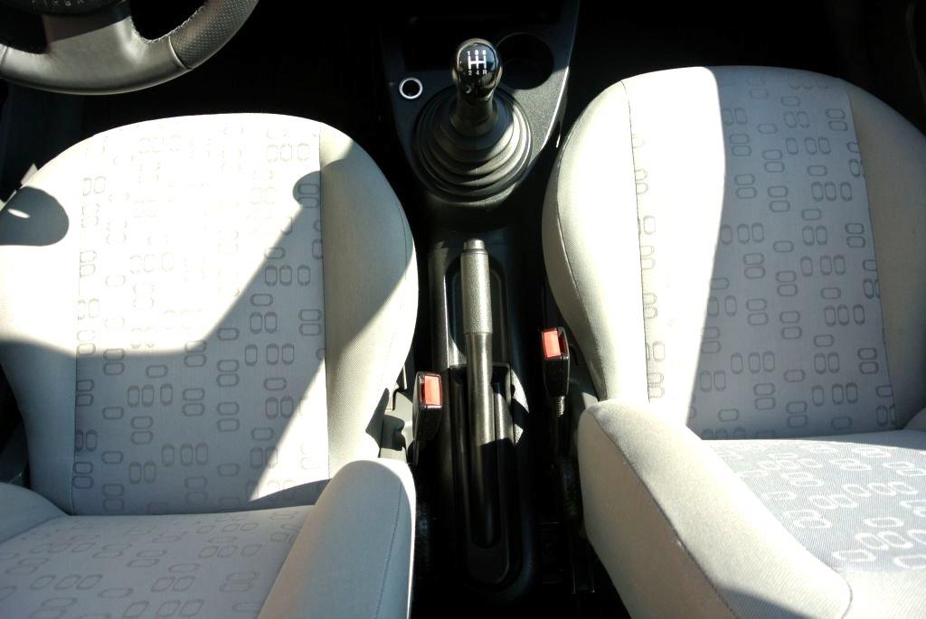 Ford Fiesta, 2003 - pohled č. 17