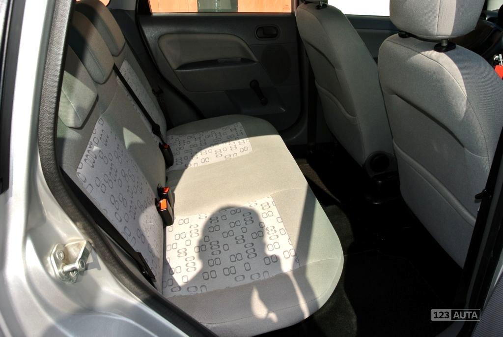 Ford Fiesta, 2003 - pohled č. 21
