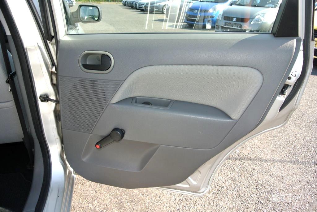 Ford Fiesta, 2003 - pohled č. 22