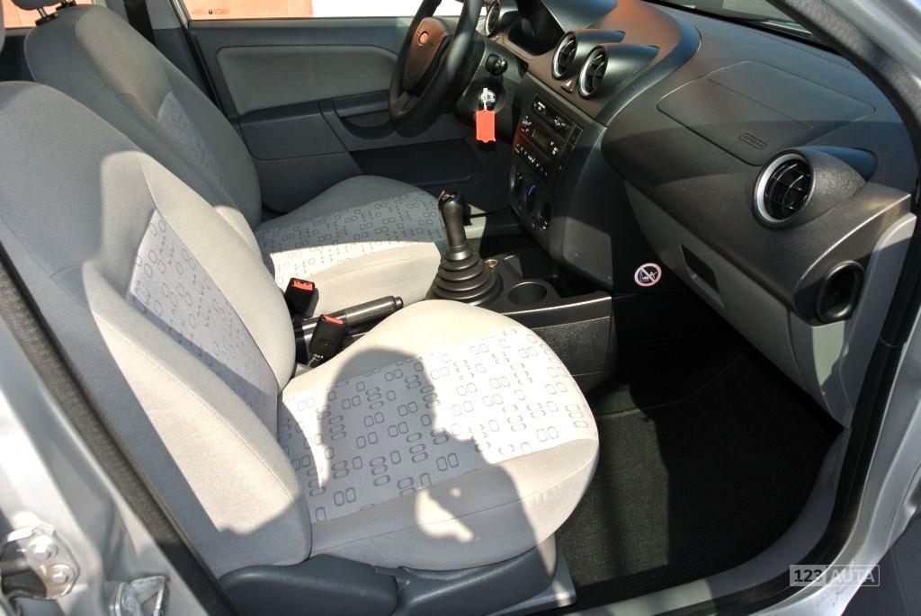 Ford Fiesta, 2003 - pohled č. 23