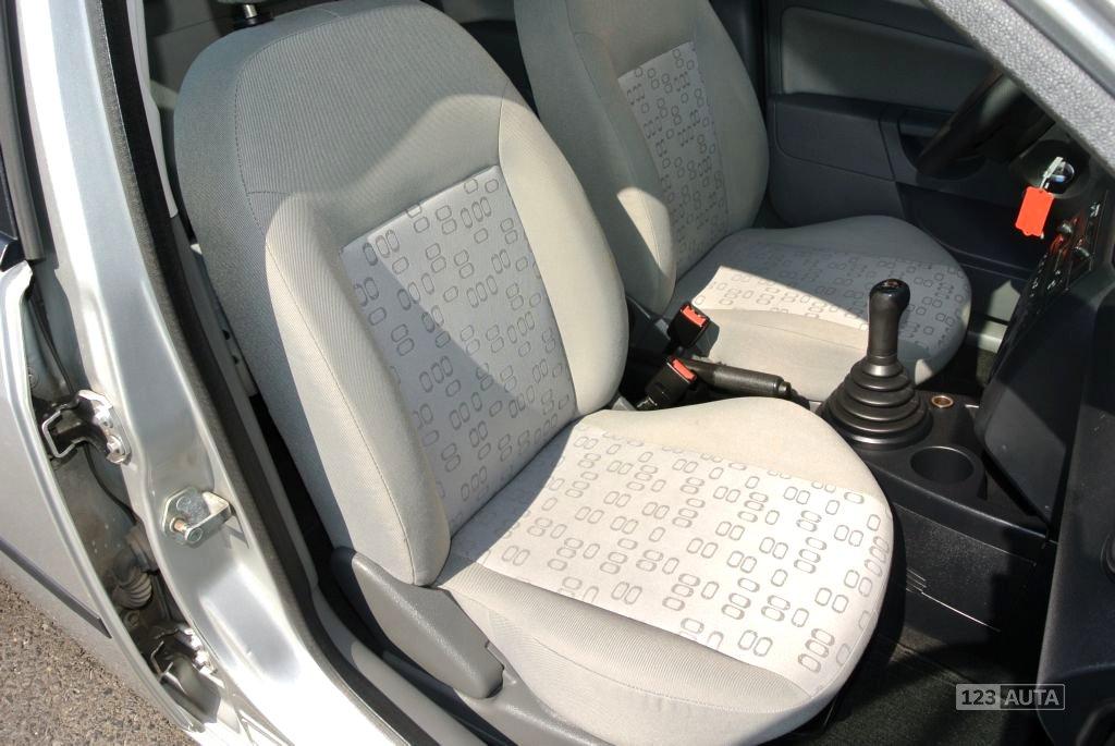Ford Fiesta, 2003 - pohled č. 25